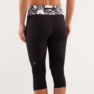 Lululemon Run for Your Life Laceoflage Crops